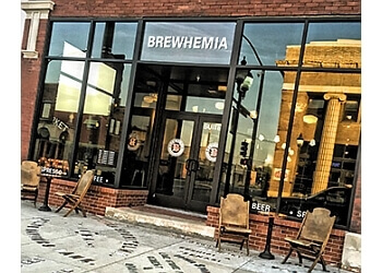 Cedar Rapids cafe Brewhemia