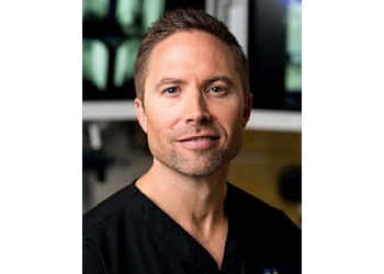 Irving orthopedic Brian E Straus, MD