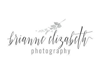 Olathe wedding photographer Brianne Elizabeth Photography