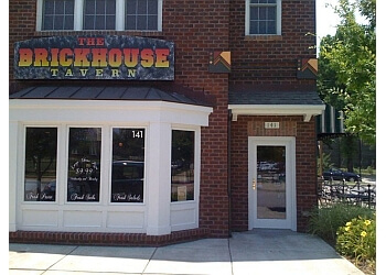 Newport News pizza place Brickhouse Tavern