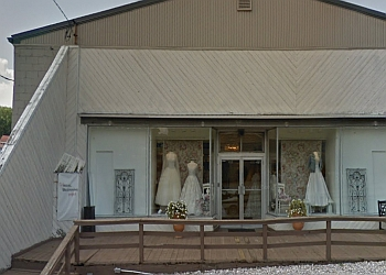 Pittsburgh bridal shop Bridal Beginning