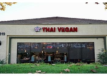 Rancho Cucamonga thai restaurant Bright Star Thai Vegan