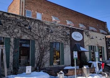 Minneapolis italian restaurant Broders' Pasta Bar
