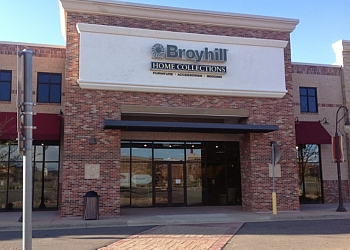 Aurora furniture store Broyhill Home Collections