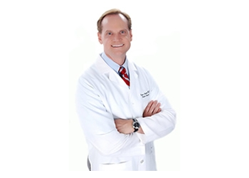 Tampa plastic surgeon Bruce Landon, MD