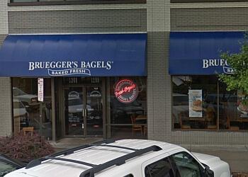 Lincoln bagel shop Bruegger's Bagels