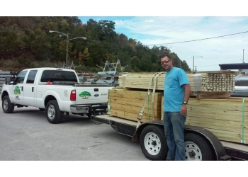 Nashville fencing contractor Bryan Fences