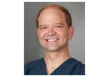 Dallas plastic surgeon Bryan H Pruitt, MD
