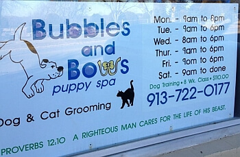 Kansas City pet grooming BUBBLES & BOWS PUPPY SPA