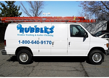 Chicago window cleaner Bubbles Window Cleaning & Gutter Cleaning