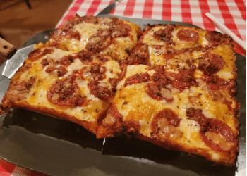 Detroit pizza place Buddy's