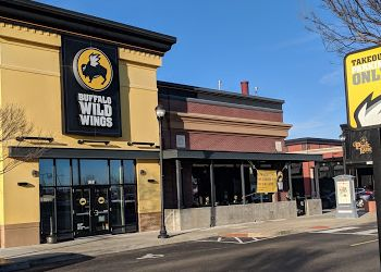 Hampton sports bar Buffalo Wild Wings
