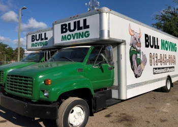 Tampa moving company Bull Moving