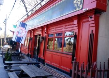 Yonkers american restaurant Burke's Restaurant & Bar
