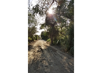 Costa Mesa hiking trail CANYON COMMUNITY PARK