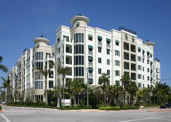 Hialeah residential architect CFE Architects, PA