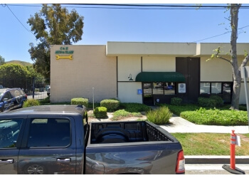 Simi Valley car repair shop C & M Automotive and Transmissions