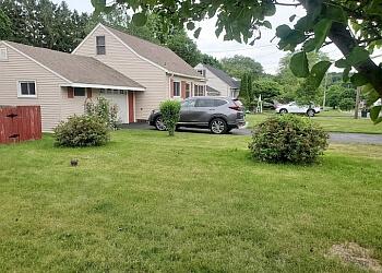 Syracuse lawn care service CNY Turf
