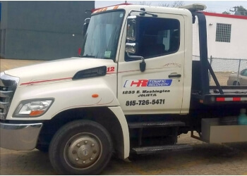 Joliet towing company CR Towing and Recovery