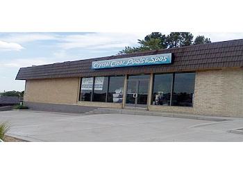 Denver pool service CRYSTAL CLEAR POOLS & SPAS INC.