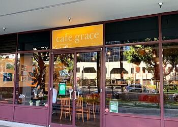 Honolulu bagel shop Cafe Grace