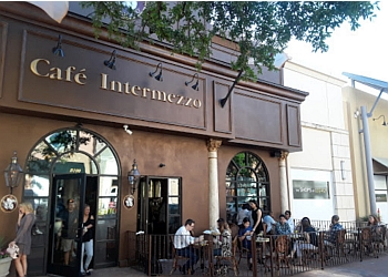 Plano cafe Cafe Intermezzo