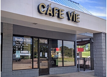 Overland Park vietnamese restaurant Cafe Vie