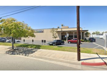 Anaheim auto body shop Caliber Collision