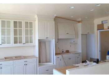 Chula Vista custom cabinet California Custom Cabinetry