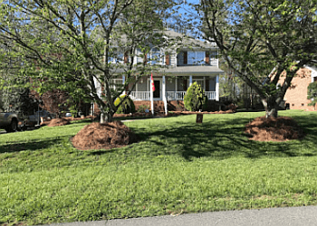 Winston Salem landscaping company California Landscaping & Lawn Care