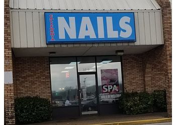 Evansville nail salon California Nails