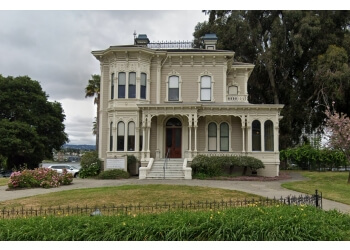 Oakland landmark Camron-Stanford House