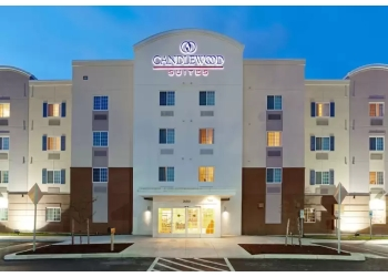 Thornton hotel Candlewood Suites