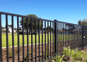 Glendale fencing contractor Capitol Fence Builders & Supply