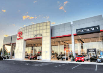 Salem car dealership Capitol Toyota