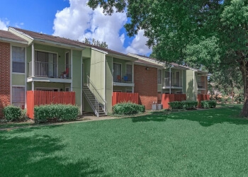 Beaumont apartments for rent Cardinal Oaks