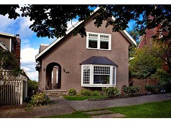 Seattle home builder CARLISLE CLASSIC HOMES LLC.