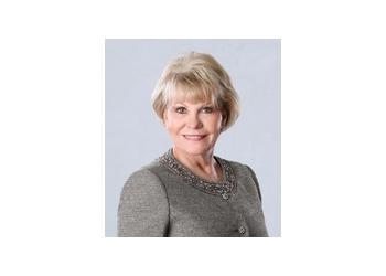Tempe real estate agent Carol Royse Team