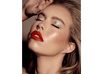 Mesa makeup artist Carolina Takahashi Makeup Artist