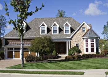 Fort Wayne lawn care service Carr's Lawn and Landscape