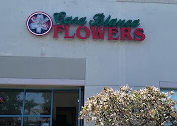 Oxnard florist Casa Blanca Flowers