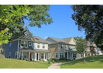 Akron apartments for rent Cascade Village