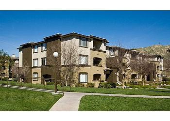 Riverside apartments for rent Castlerock at Sycamore Highlands