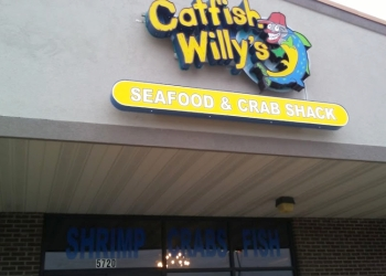 Evansville seafood restaurant Catfish Willy's Seafood & Crab Shack