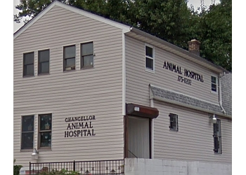 Newark veterinary clinic Chancellor Animal Hospital