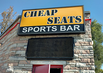 Des Moines sports bar Cheapseats Sports Bar