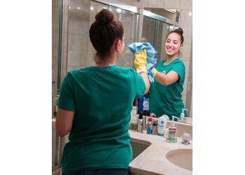 Los Angeles house cleaning service Check Maid Cleaning