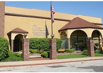 Akron furniture store Chez-Del Home Furnishings & Interior Design