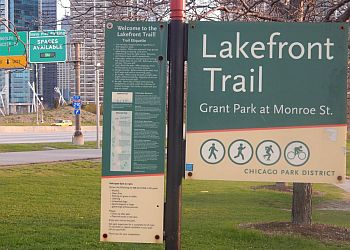 Chicago hiking trail Chicago Lakefront Trail