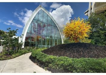 Seattle places to see Chihuly Garden and Glass